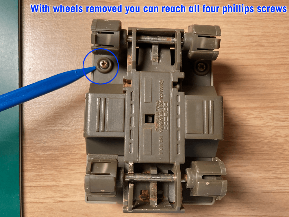 Remove phillips screws